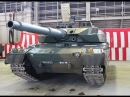 陸上自衛隊「10式戦車」入魂式=量産型1号車に機甲の魂を注入