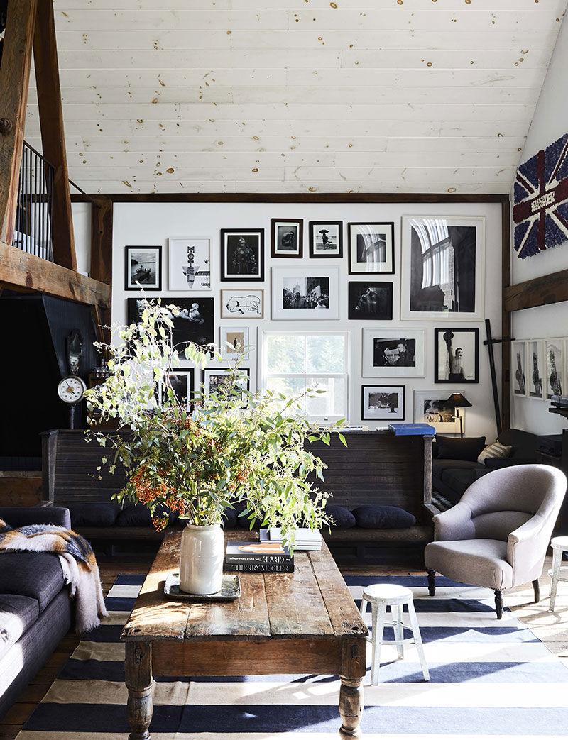Из полуразрушенного амбара в семейное гнёздышко с антикварной мебелью: история дома в штате Нью-Йорк