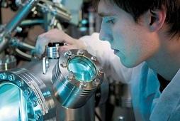 Глава региона Игорь Артамонов отметил, что липецкие ученые к Дню российской науки получат областные премии