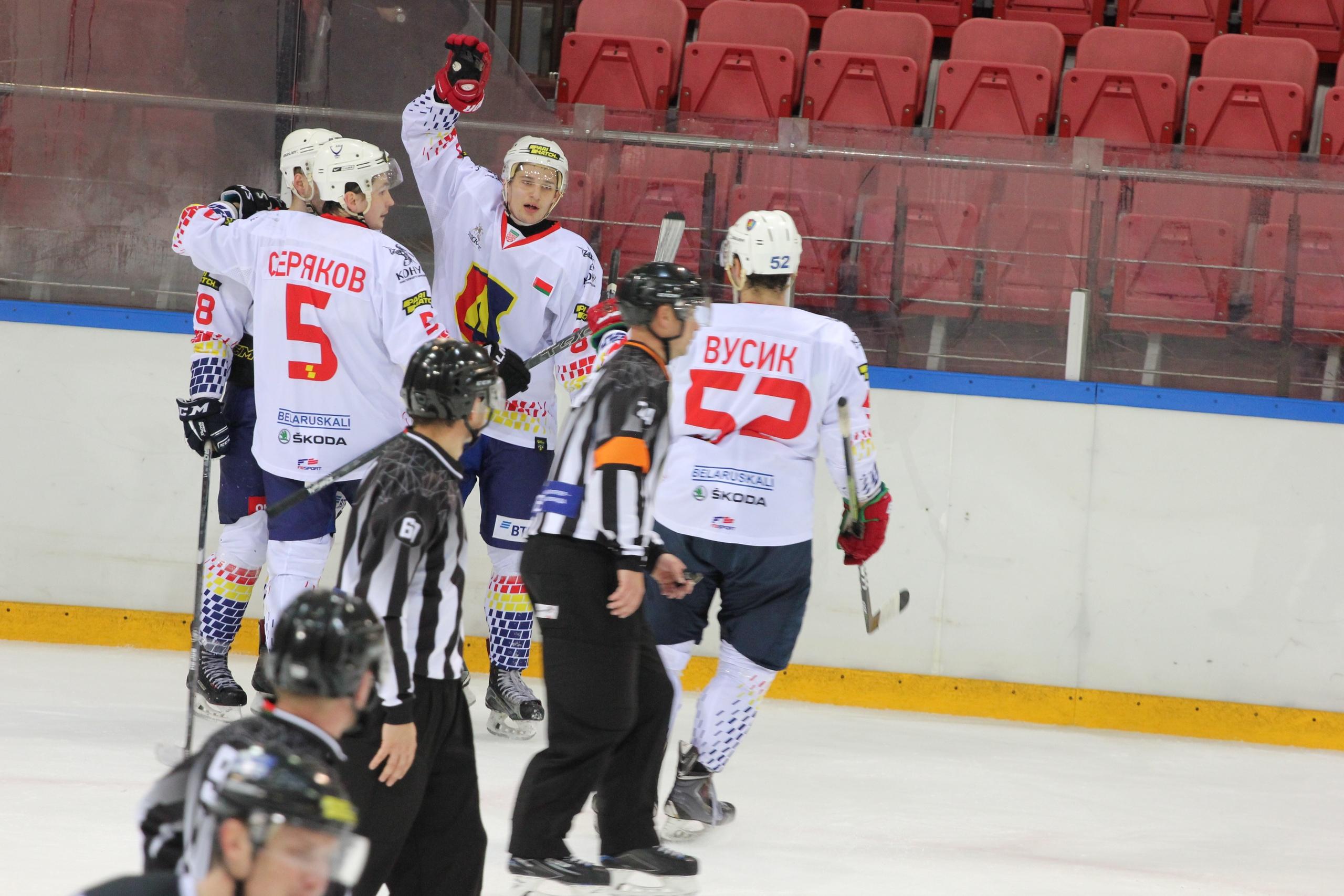 Хоккейный клуб «Лида» на выезде обыграл «Авиатор».