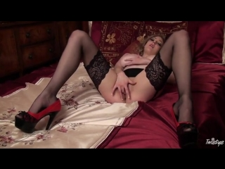 Busty babe in nylon stockings shows off (stockings, milf, bride, music, tail, stockinged,gloves)