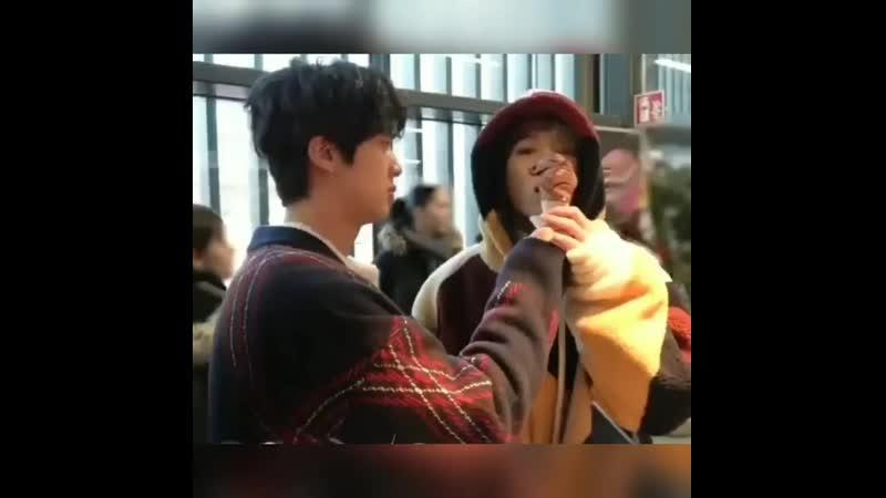 Jin and icecream_20200131_8.mp4