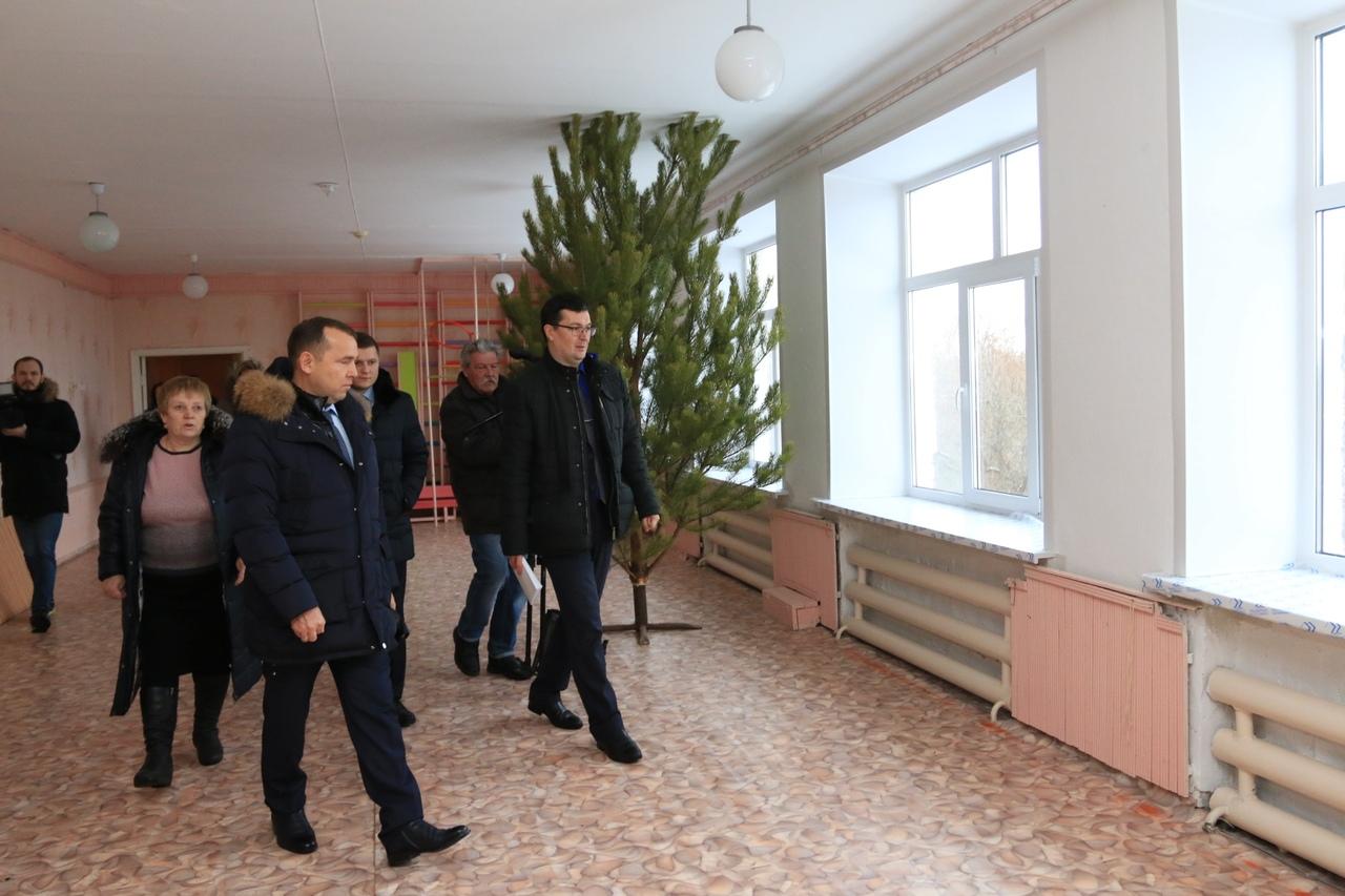 В Мишкинском районе продолжается ремонт образовательных учреждений
