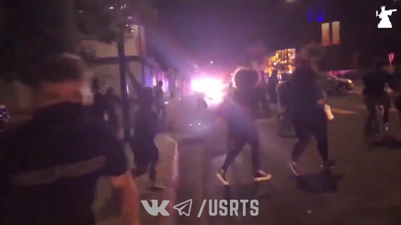 Ссыкливые BLM испугались сирены в Сан Диего Протесты в США 23 09 2020