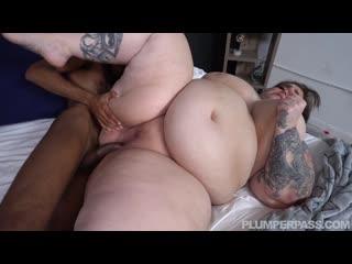 Veronica Bottoms - Face Full of Bottoms (BBW, Fat, Plump)
