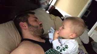 How Parents Wake Up - The Baby Alarm Clock