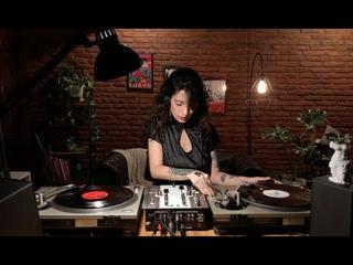 Techno vinyl mix by Sol Ortega & E110101