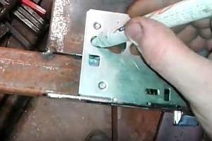 Калитка из металлопрофиля своими руками – схема + порядок выполнения работы, изображение №49