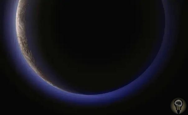 На самом деле космос выглядит так В интернете полно красочных фотографий космоса на снимках наша галактика выглядит ошеломляюще яркой и светлой, будто подсвеченная специально несколькими