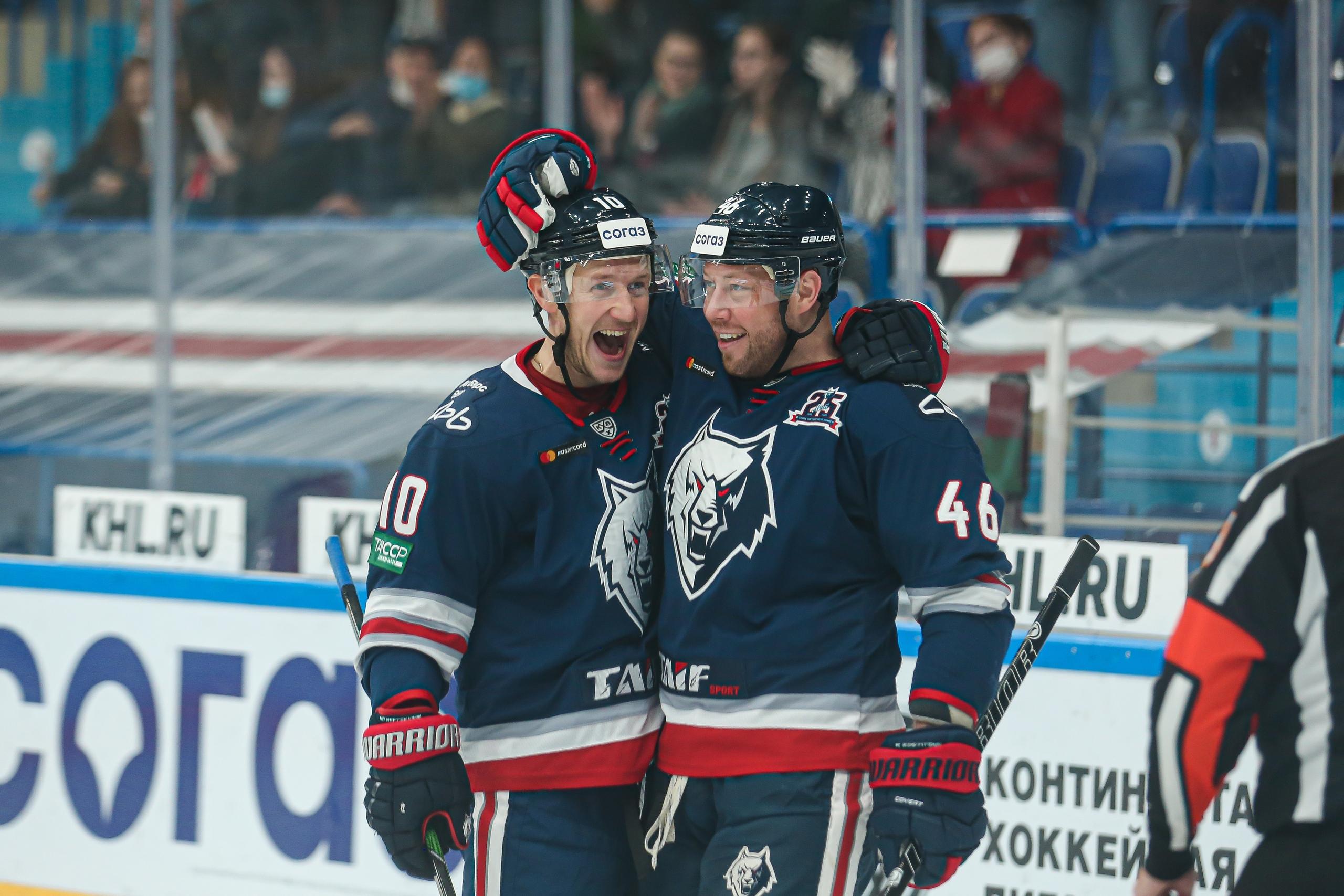 У Андрея Костицына первое очко в сезоне, у Андрея Скабелки – третья кряду победа: все результаты дня в КХЛ
