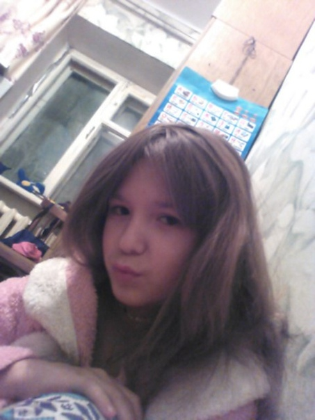 Конфликт российских школьниц окончился поножовщиной из-за мальчика В Челябинской области возбуждено уголовное дело в отношении 15-летней россиянки, задержанной после нападения с ножом на