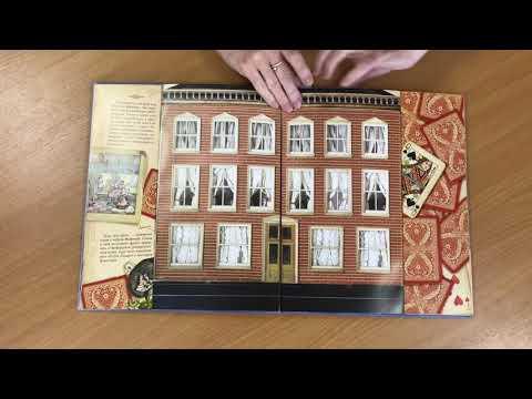Видеообзор интерактивного комментированного издания Л Кэрролла Алиса в Стране Чудес