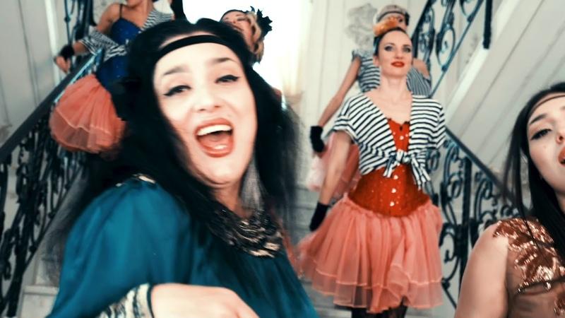 Radda Erdenko Lyalya Maria Bei Mir Bistu Shein K ф Однажды в Одессе