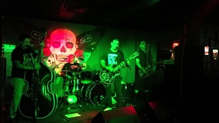 The Grave Slaves - In The Shadows - Live @ The Karman Bar 07-25-15