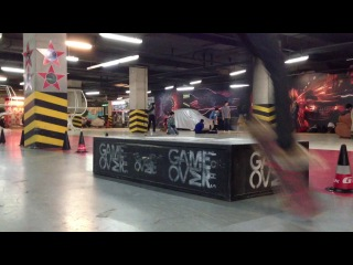 Nose grind and salto(slow motion)