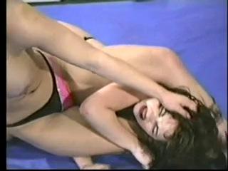 Blake Mitchell vs Blonde Catfight Facesitting