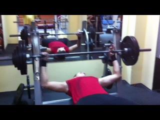 Big Rommek- press-135 kg.