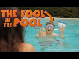 5sf-The Fool in the Pool