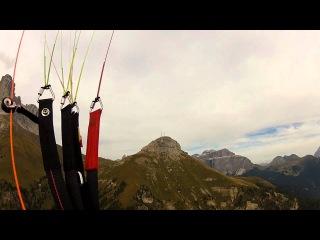 crash hang glider with paraglider at Col Rodella