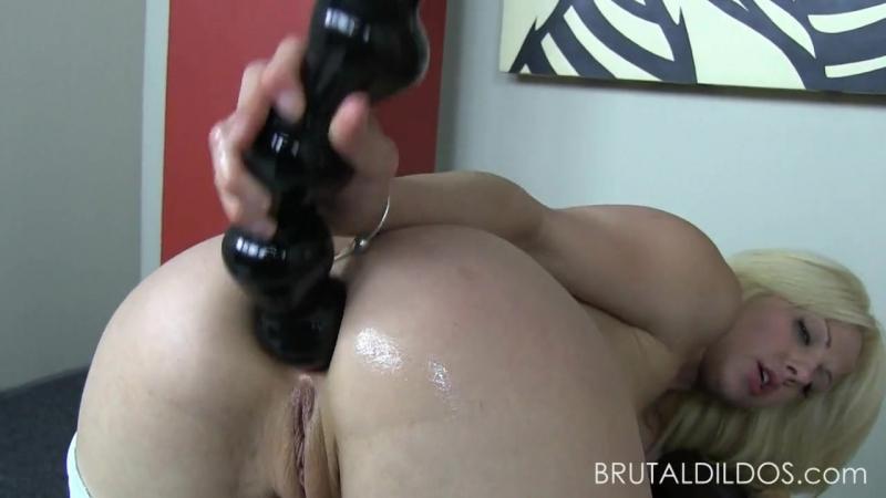 Holly hanna anal dildo