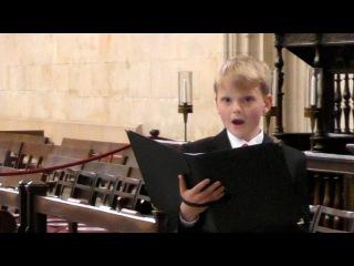 King's College Chapel - Bach, Handel, Mozart - boy soprano Aksel Rykkvin (12y)