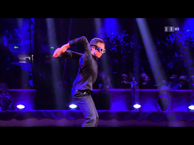 Robert Muraine Mr Fantastic Live at The International Circus Festival of Monte-Carlo 2014
