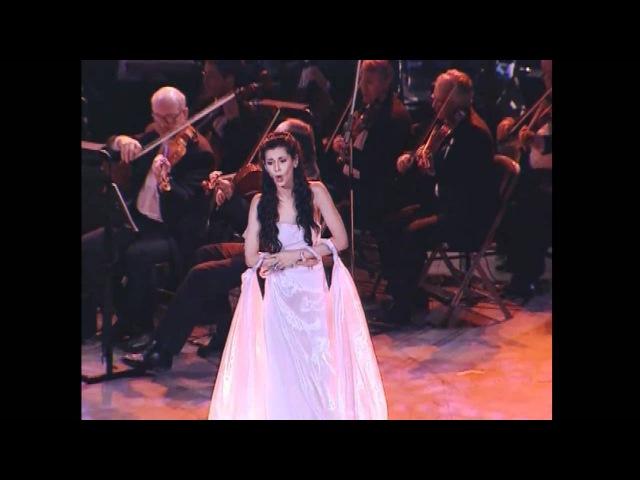 EMMA SHAPPLIN - Spente Le Stelle. Live In Le Concert De Caesarea (HD).