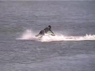 Jet_Ski_Freestyle_Trick_-_Back_Bare_Foot