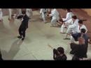 Чен Жен (Брюс Ли) против японской школы каратэ.