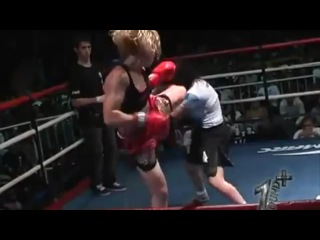 """Valentina """"The Bullet"""" Shevchenko: Great at fighting, and everything else"""