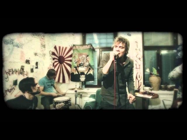 Neljänsuora Valtava maailma Official music video