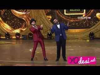 """IIFA 2015: Песня """"Bollywood is the best"""" от ведущих шоу Ранвира Сингха и Арджуна Капура"""