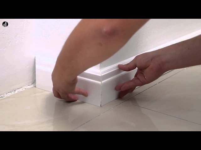 Установка пластикового белого плинтуса под покраску