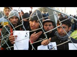 """Греция-Македония: беженцы """"открывают"""" границу"""