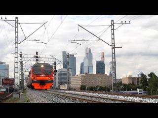 ЭД4М-0183 выезжает со станции Пресня на перегон Пресня - Канатчиково Московской железной дороги.
