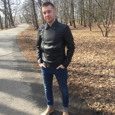 Денис Марущак