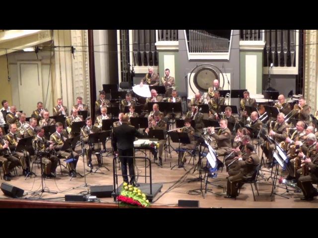 Maršas Tėvynė šaukia Lietuvos kariuomenės orkestras