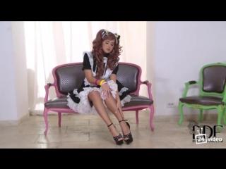 #видео #Mia #Manarote в #костюме #кошки-#горничной #Фурри #Mia #Manarote #Мастурбация