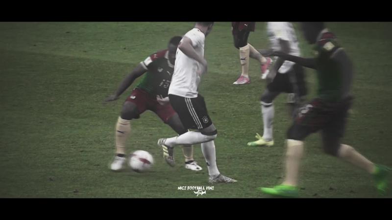 Керем Демирбай предрешил судьбу камерунцев на Кубке Конфедераций | Abutalipov | vk.comnice_football