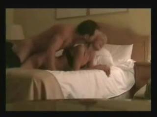 Порно с Paris Hilton (ворованное частное видео)