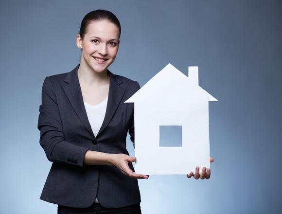 Что делает закрывающий агент при покупке недвижимости?
