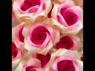 Шикaрный букет роз из aтласных лент