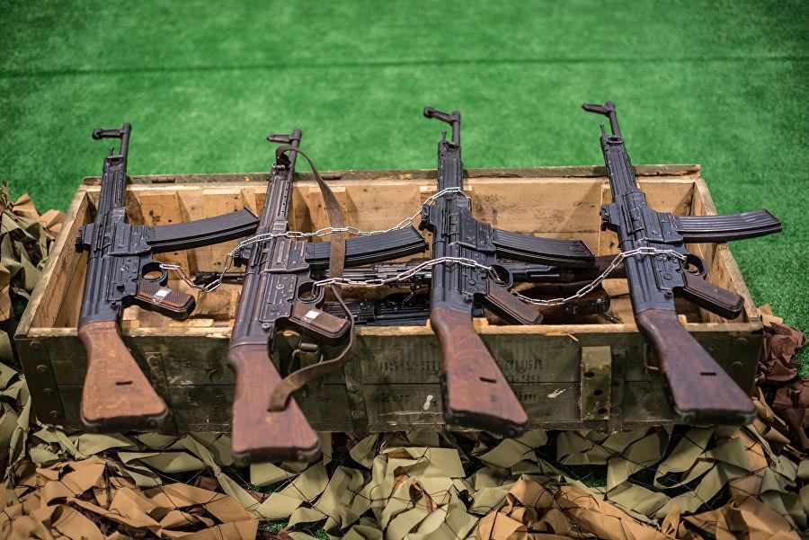Трофеи из «песочницы»Репортаж c выставки вооружений сирийских боевиков, изображение №30