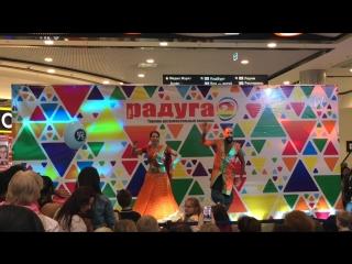 Участники WIDC на фестивале Colors of India в ТРК Питер Радуга