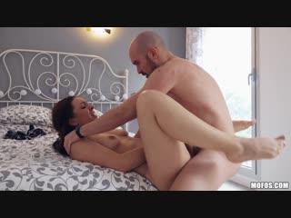 Makes A Sex Tape : Pamela Sanchez
