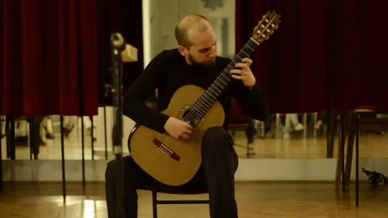 J. S. Bach Toccata and Fugue in d minor BWV 565 Arr. Viktor Ilich Guitar bGd