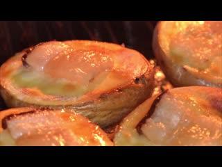 Картошка в духовке Как вкусно запечь картошку