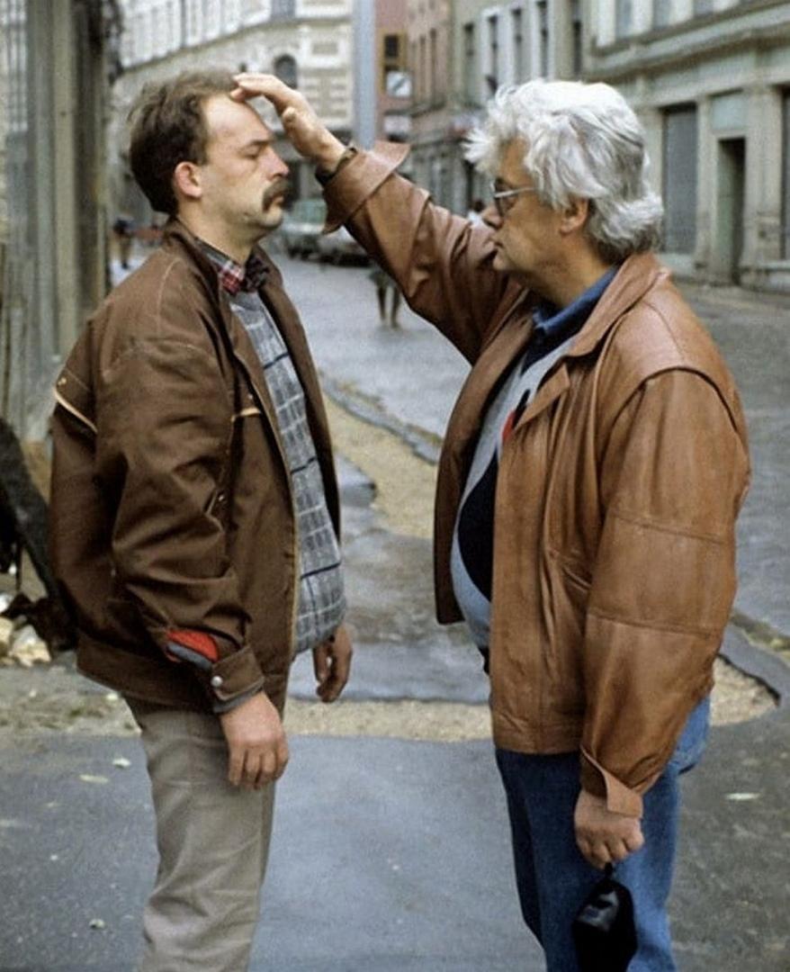 Аллан Чумак исцелял людей прямо на улице, 1991 год.