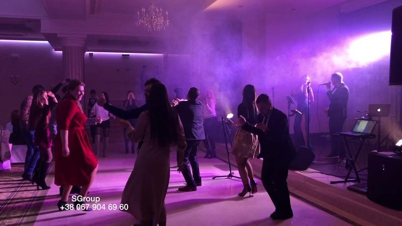Ricky Martin Vente Pa' Ca ft Maluma cover SGroup
