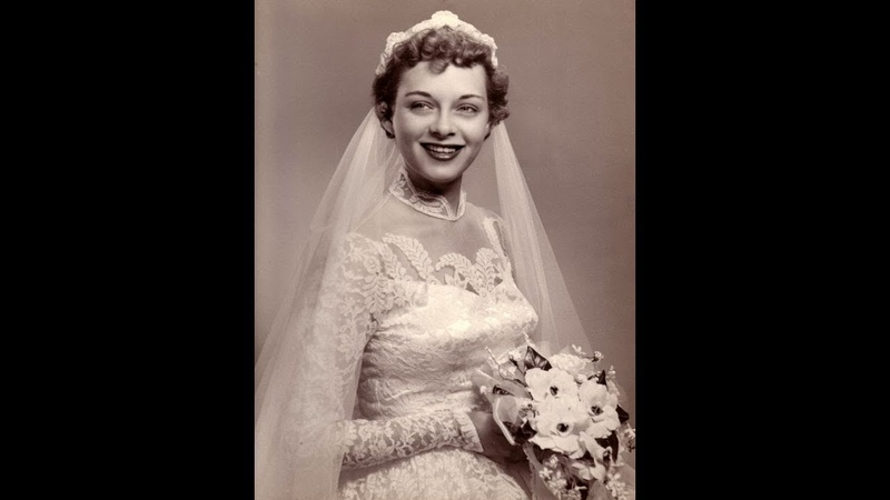 The 1950s: The Boom Period of Wedding Gowns After World War II